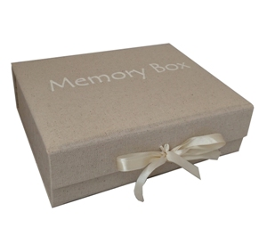 Memorybox in het wit..